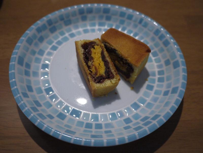 卵黄とあんのケーキ